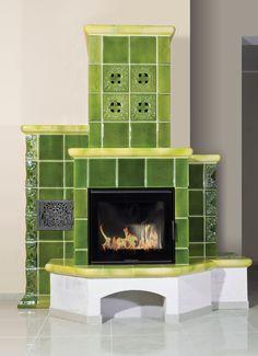 Kominek w szkliwie zielonym z manufaktury Riwal. Kominki kaflowe. Piece kaflowe. Tiled fireplaces.