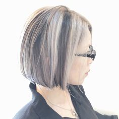 Silver Ash Hair, Grey Hair, Medium Bob Cuts, Bob Hair Color, Lob Hairstyle, Short Hair Styles, Hair Cuts, Hair Beauty, Fashion