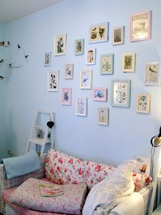 Love the frames in pastel colours