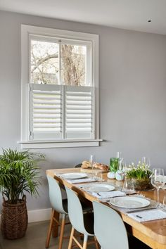 Cafe Style Shutters for Sash Windows by Plantation Shutters Ltd White Shutters, Interior Window Shutters, Diy Shutters, Cafe Style Shutters, Kitchen Shutters, Kitchen Windows, Patio Door Blinds, Patio Doors, Traditional Shutters