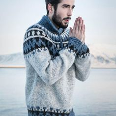 Good No Cost Crochet shawl men Suggestions – Icelandic Garri – knitting kit – – Nordic Store Icelandic Wool Sweaters Knitting Kits, Fair Isle Knitting, Knitting Patterns, Knitting Needles, Knitted Shawls, Crochet Shawl, Knit Crochet, Icelandic Sweaters, Wool Sweaters