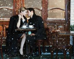Model Doutzen Kroes stars in the Tiffany holiday campaign, which Tiffany says celebrates the magic of the holidays, the joy of true love and the romance of New York City. Doutzen Kroes, Photo Couple, Couple Photos, Tiffany & Co., Montage Photo, Winter Love, Winter Snow, Winter Magic, Fall Winter