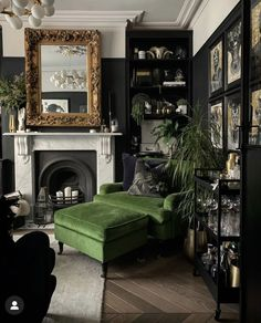 Dark Living Rooms, Home Living Room, Living Room Decor, Gothic Living Rooms, Dark Rooms, Dark Green Living Room, Living Room Vintage, Dark Green Rooms, Yellow Rooms