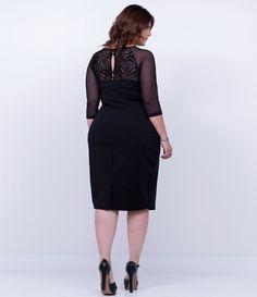 de01dc004 As 24 melhores imagens em MODA PLUS | Ballroom dress, Curve prom ...