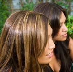 Trendy Chocolate Brown Hair With Blonde Streaks Haircuts Ideas Blonde Streaks, Brown Blonde Hair, Brown Hair With Highlights, Hair Color Highlights, Dark Hair, Caramel Highlights, Summer Highlights, Chunky Highlights, Caramel Blonde