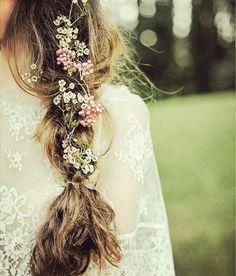Trenza y flores