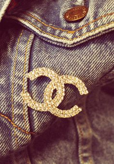 Denim Chanel Sweet Style, Cool Style, My Style, Taylor Swift Speak Now, Coco Chanel, Chic Outfits, Everyday Fashion, Latest Fashion Trends, Blue Denim