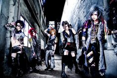 ROYZ! Def one of my fav new Vkei bands <3__<3 I pinned some pictures of their singer Subaru earlier. Really his voice is so unique! (and he's so cute *0*) #visualkei #jrock