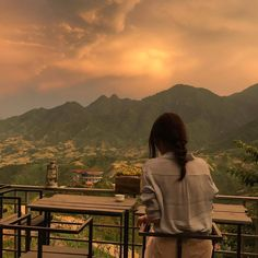 Nature Aesthetic, Korean Aesthetic, Aesthetic Girl, Girl Photography, Aesthetic Pictures, Beautiful Places, Scenery, Photoshoot, World