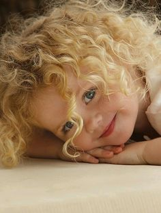 Great natural looking pose for children portraits