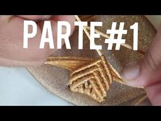 Sandalia color oro - YouTube Macrame Wall Hanger, Macrame Tutorial, Micro Macrame, Quilling Ideas, Projects, Craft Ideas, Youtube, Crafts, Shoes