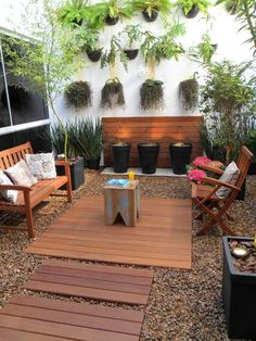 Images of little gardens. Ideas for little patios. Tips for decorating little patios. embellishment of small patios. Terrace Garden, Garden Planters, Modern Landscaping, Backyard Landscaping, Landscaping Ideas, Modern Courtyard, Modern Conservatory, Outdoor Furniture Sets, Outdoor Decor