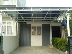 38 Images of a Minimalist Home Canopy Model Minimalist Home, Minimalist Design, Home Interior Design, Exterior Design, Rooftop Terrace Design, Carport Designs, Canopy Design, Grill Design, Facade House