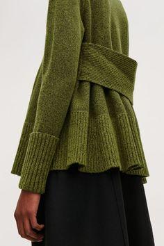 Knitting Vest Pattern Fashion Outfits Ideas For Fashion Knitting Knitwear Fashion, Knit Fashion, Fashion Outfits, Womens Knitwear, Knitting Blogs, Knitting Designs, Knitting Yarn, Ärmelloser Pullover, Cardigan Long