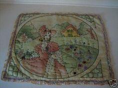 Vintage 1950s Embroiderd Pillowtops Complete HAWAIIAN Vogart