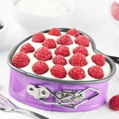 A Delicious recipe for a small cheesecake with whipped topping and berries, This is a perfect dessert to share for two people.