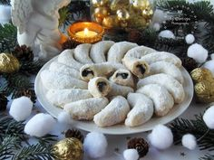 Hungarian Recipes, Biscuit Cookies, Christmas Cookies, Tiramisu, Garden Sculpture, Biscuits, Stuffed Mushrooms, Food And Drink, Xmas