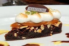 Brownie com doce de leite argentino e merengue