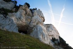 Entrée de la Grotte aux Ours du Mont Granier (Balme à Collomb)