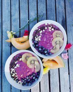 Smoothie Bowl Beauty! Nicolina Estelle (@cleanfoodpepp) on Instagram