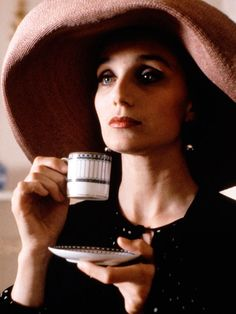 Kristin Scott Thomas as Fiona in  Four Weddings and a Funeral (1994) / Costume Design by  Lindy Hemming