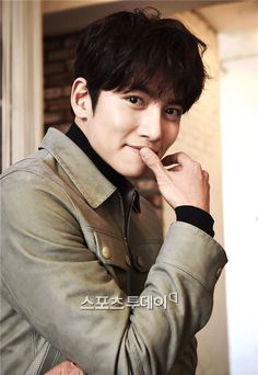 2017-02-01 press interview ❤❤ 지 창 욱  Ji Chang Wook ♡♡ that handsome and sexy look ..