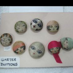 Garter buttons