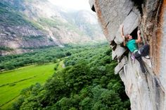 Barbara Zangerl of Austria has done the first female ascent of Des Kaisers neue Kleider (8b+, 240m), a nine-pitch 5.14a in the Wilder Kaiser mountains of her home country. This makes her the first woman to complete the so-called Alpine Trilogy, a trio of long 5.14 routes in the Alps, each put up in 1994.