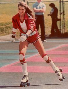 brooke shields style Crazy Fan of Riedell Roller Skates for Women Brooke Shields, Retro Mode, Mode Vintage, Vintage Sport, Skates Vintage, Girls Skate, Trailer Park, Roller Disco, Skater Girls