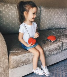 Such a vivid Heart ~ cute little Purse !! ♥♥  ♠️ ♦ ♣️ ..Tiny and Thin . Lovely & Joyful Nastya !!   Moscow City _Apr 12-2016. - 3 yrs 3 2/3 months old.
