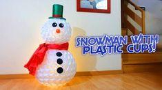 Come si fa il famoso pupazzo di neve con i bicchieri di carta. Tutorial con spiegazioni.