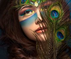peacock queen by Lau Yew Hung on Peacock Face Painting, Makeup Art, Eye Makeup, Peacock Makeup, Peacock Costume, Peacock Dress, Native American Face Paint, Art Optical, High Fashion Makeup