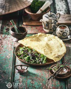 #베트남 중부음식 #반쎄오 베트남  여행 중 알게되어 좋아하게 되었는데 우리나라 #베트남음식점 에서도 이제 접할 수 있다. 이게 육안 상 달걀 지단을 감싼건가 하고 생각들을 많이 하는데 쌀가루와 코코넛밀크로 반죽하고 강황가루을 넣은 것이다.…