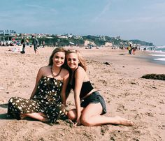 """Sophie Reynolds on Instagram: """"Happy birthday to my amazing smoothie buddy, @brookebrailsford love you tons girl and hope 18 treats you well """""""
