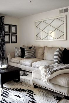 16 Top Small Living Room Furniture Ideas 16 Top Small Living Room Furniture Ideas www.futuristarchi The post 16 Top Small Living Room Furniture Ideas appeared first on Furniture ideas. Small Living Rooms, Cozy Living, My Living Room, Home And Living, Living Room Designs, Black And Cream Living Room, Living Area, Family Rooms, Kitchen Living