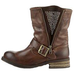 Braune Stiefeletten mit Nieten 149,90€ ♥ Hier kaufen: http://www.stylefruits.de/stiefeletten-mit-nieten-buffalo/p4485886 #Stiefeletten #Nieten #Buffalo