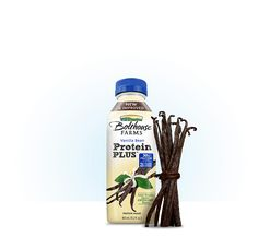 Bolthouse Protein Plus Vanilla Bean. Tastes like a smooth vanilla shake. I dare not try the chocolate Protein Plus, High Protein, Bolthouse Farms, Protein Coffee, Protein In Beans, Coffee Creamer, Healthy Drinks, Smoothies, Competition