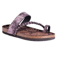 45f91f6864af Muk Luks Keia Womens Flat Sandals Toe Loop Sandals