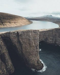 Sørvágsvatn Faroe Islands |  Michiel Pieters Say Yes To Adventure