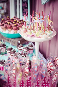 Vintage Cake Pops Ice Cream Parlour | full story www.cutecot… | Flickr