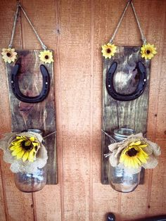 Burlap flower lucky horseshoe turquoise twisted wire horseshoe 18 super cool diy horseshoe projects that will add charm to your home decor solutioingenieria Choice Image