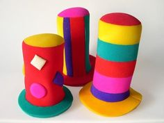 Gorros de goma espuma | Manualidades Crazy Hat Day, Crazy Hats, Easy Diy Crafts, Crafts For Kids, Turkey Hat, Funny Hats, Wedding Hats, Carnival Costumes, Candyland