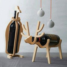 Are you interested in our Penguin Or Reindeer Wine Rack? With our Penguin Reindeer Wine Rack you need look no further. Woodworking Jigs, Woodworking Projects, Youtube Woodworking, Woodworking Furniture, Wood Crafts, Diy And Crafts, Gravure Laser, Cnc Projects, Wine Bottle Holders