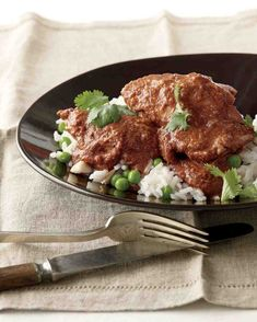 Slow Cooker Chicken Mole | 19 Delicious Things To Make For Día De Los Muertos