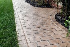 Biondo Cement - Walkways Gallery / 11-Stamp-Concrete-Sidewalk-in-Cobble-Stone-Stamp-Frazier-MI.jpg