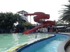waterboom lafapark - wisata murah Wahana Rekreasi Keluarga Terdekat Cikarang Karawang