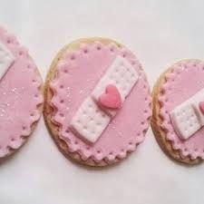 Resultado de imagen para cupcakes de la doctora juguetes