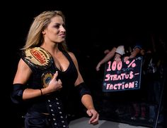 ★ WWE Diva - Trish Stratus ★ Women's Champion ★ Diva of the Decade ★ Babe of the Year ★ Trish Stratus, Wrestling Divas, Women's Wrestling, Female Wrestlers, Wwe Wrestlers, Wwe Women's Championship, Wwe Trish, Wwe Girls, Attitude