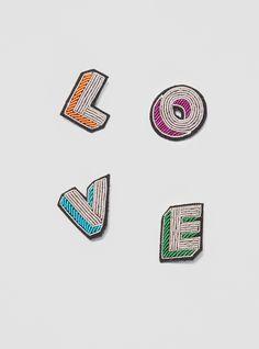 Love brooch - Macon & Lesquoy
