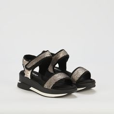 Ref: Agora 04 - Plata Flatform, Sporty Chic, Sandals, Shoes, Fashion, Latest Trends, Backpacks, Slippers, Totes